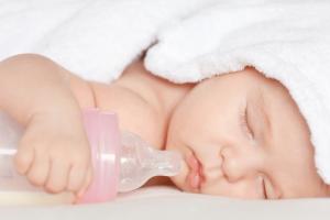 0-6 ay Bebek Beslenmesi nasıl olmalı?